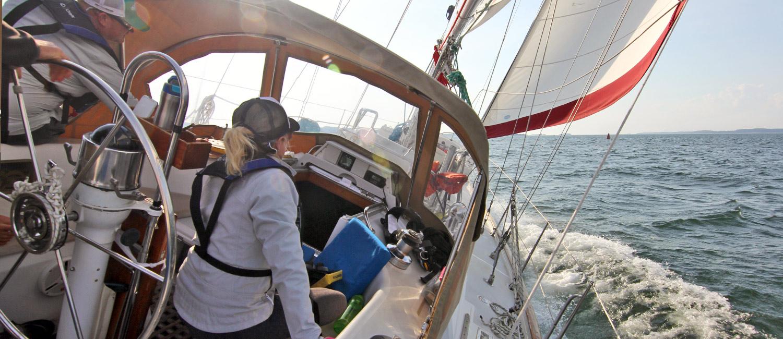 650-sailingheeledover