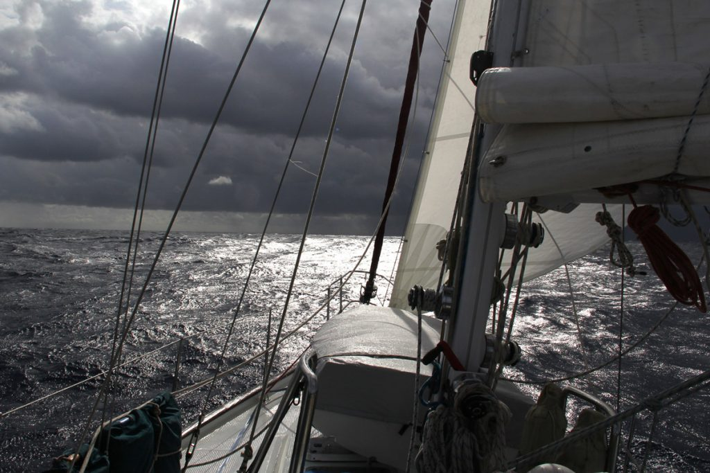 offshore sailing school, Morse Alpha Expeditions